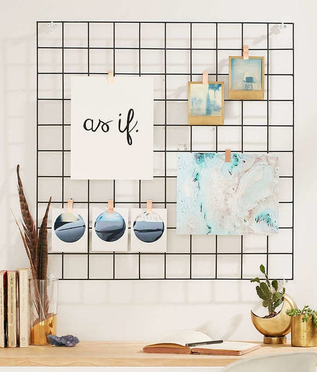 A black wire grid perfect for displaying photos, artwork, and iconic Clueless quotes.