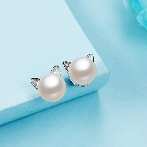 These adorable earrings that are made of puuurrls.