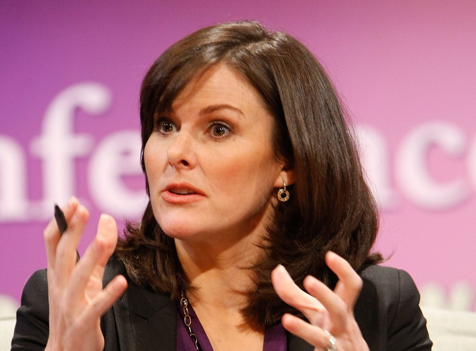 Facebook's New Head Of News Has Close Ties To Conservative Politics