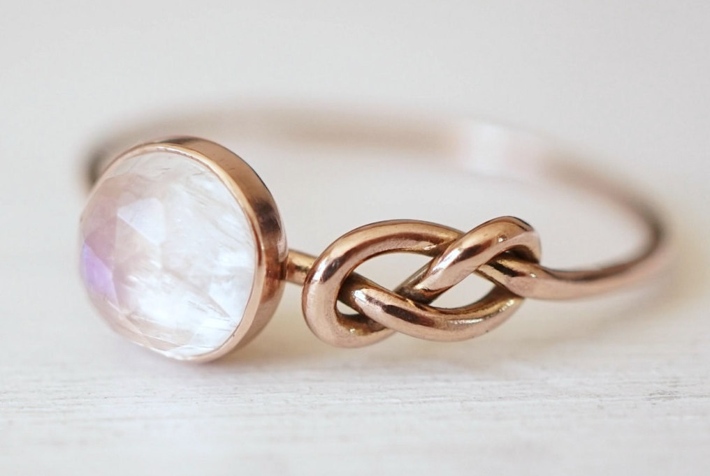A Lovely Rainbow Moonstone Ring That Will Knot Let You Down.