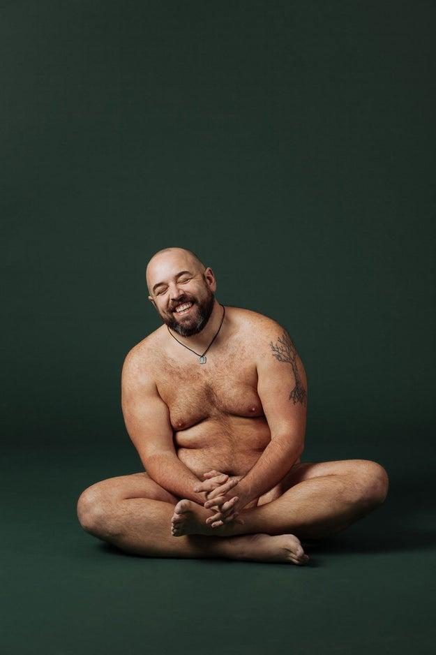 Paul Lancaric, que falou sobre como ficar confortável a respeito do próprio corpo ajudou em seu trabalho como narrador e dublador: