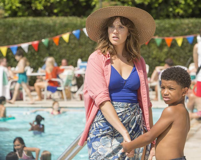 Mandy Moore and Lonnie Chavis as 8-year-old Randall.