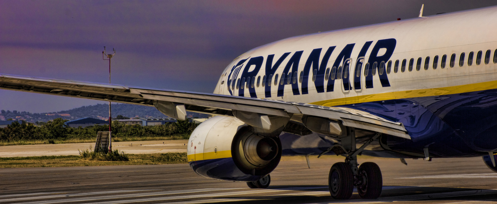 ryanair the southwest of european airlines case essay Easyjet and ryanair flying high on the southwest model essay - easyjet and ryanair flying european airlines, ryanair mcdonalds business case analysis essays.