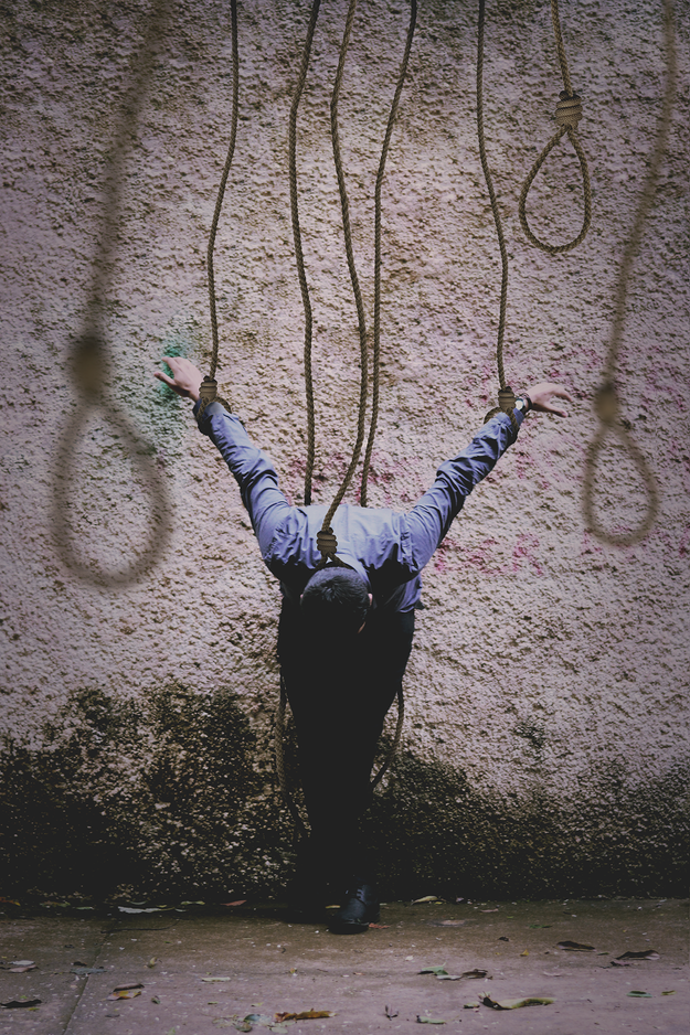 """O objetivo foi criar empatia e informar sobre doenças mentais que podem levar ao suicídio. """"Quis fazer as pessoas que sofrem se sentirem traduzidas e impelidas a buscar ajuda"""", explicou Douglas em entrevista ao BuzzFeed Brasil."""
