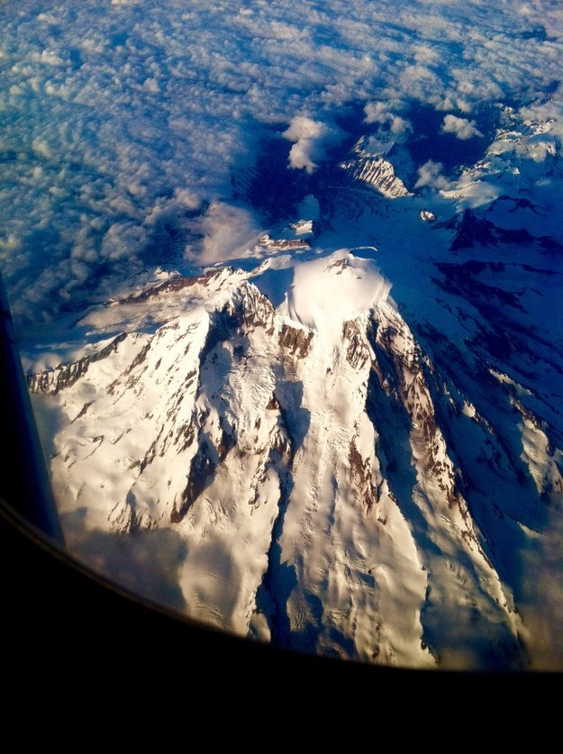 """Mount Rainer."""