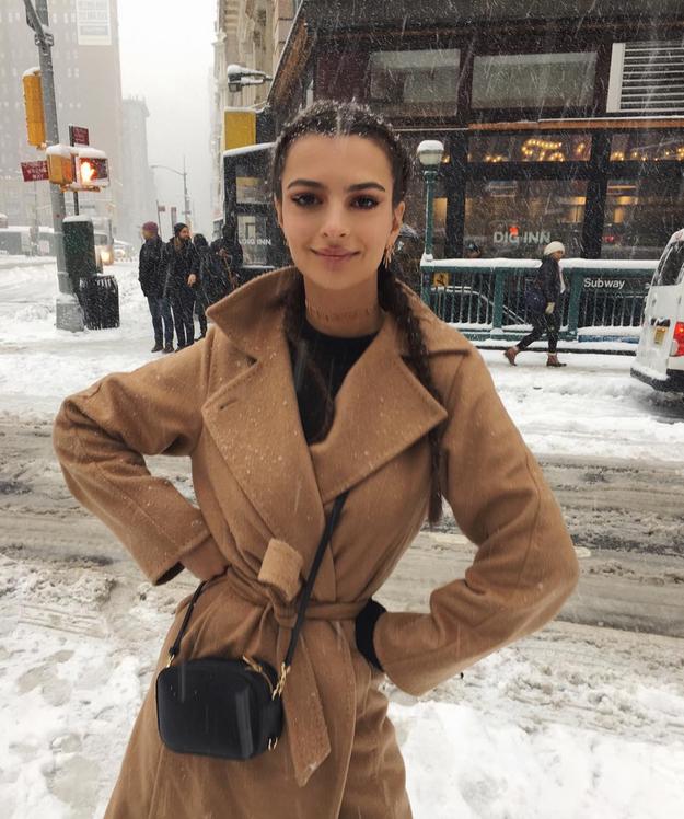 Emily Ratajkowski enjoyed the snow.