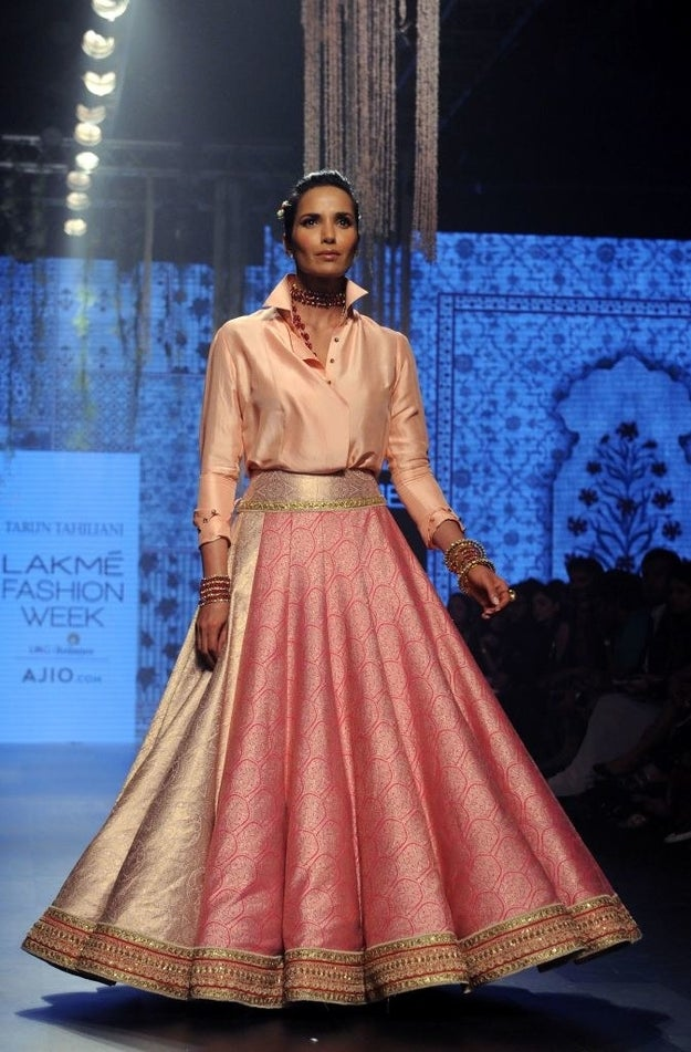 If you want to be hella chic yet hella comfortable, you need to pair your intricate lehenga with a crisp button-down.