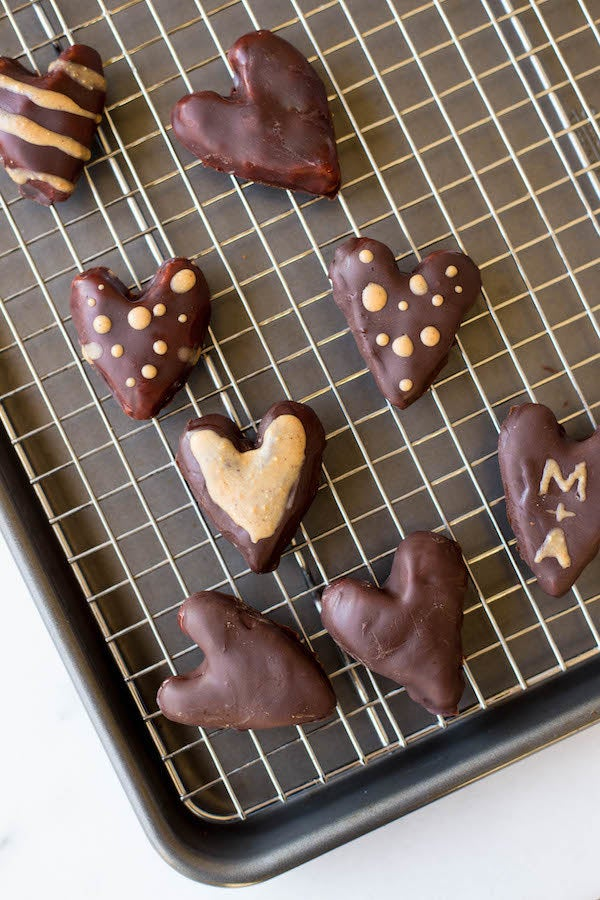 Reese's who? These PB hearts only require five ingredients, plus they're gluten-free, vegan and DELICIOUS. Recipe here.