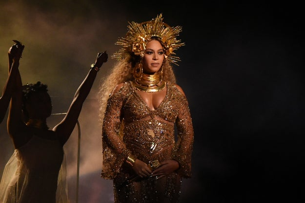 As you know, Beyoncé looked like a goddamn goddess at the Grammys.