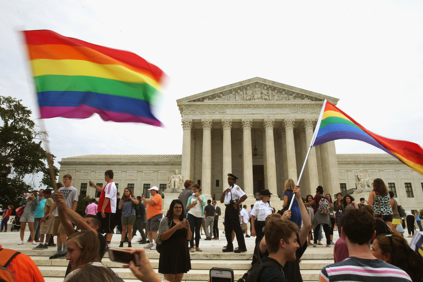 A Florist Who Refused A Gay Couple Just Lost At The Washington State Supreme Court