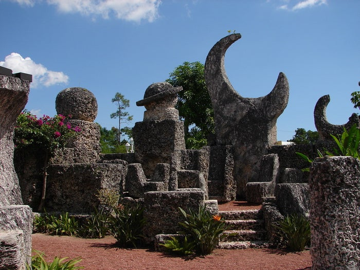 """This bizarre megalithic structure is the work of Florida man Edward Leedskalnin, who built the entire complex on his own in the 1930s. Leedskalnin claimed to have invented a """"perpetual motion holder"""" that allowed him to move the huge stones using levitation. A few teenagers claimed to have seen him working, and said that the vast blocks of coral had bobbed around """"like hydrogen balloons"""". Whoa."""