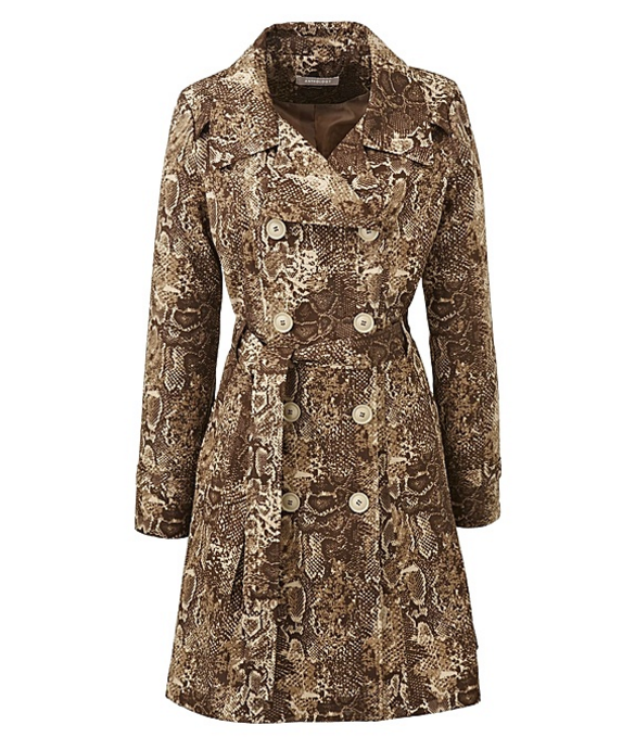 A trench that shows off your wild side.