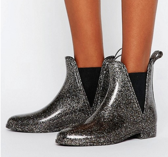 Glittery boots to help you sparkle, even when you're soggy.