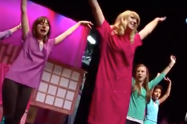 Red Room Studio S Production Of Legally Blonde