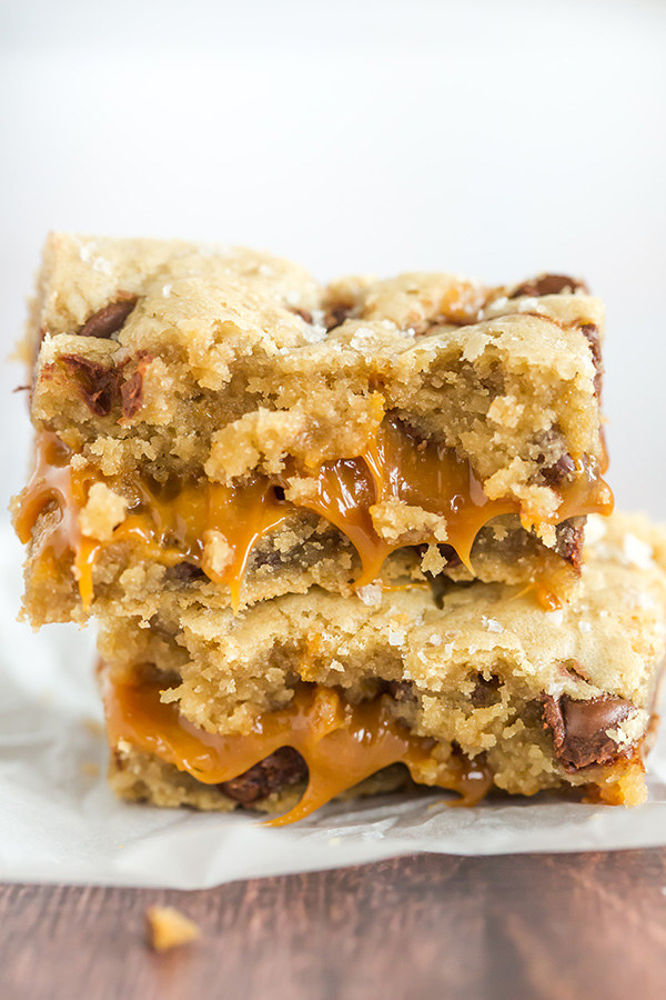 Www Browneyedbaker Com Salted Caramel Chocolate Chip Cookie Bars