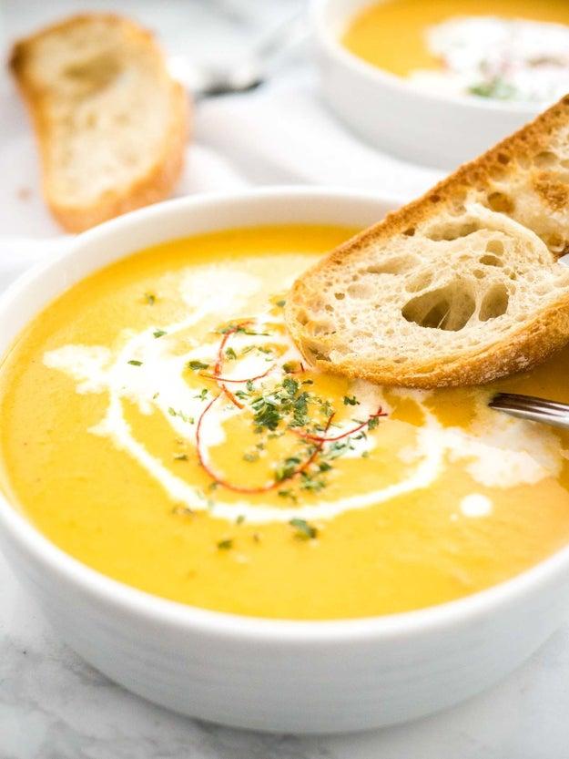 Instant Pot Carrot Soup