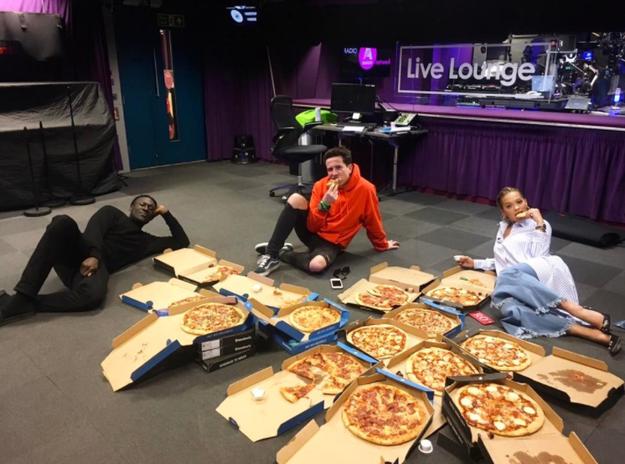 Rita Ora had a pizza party.