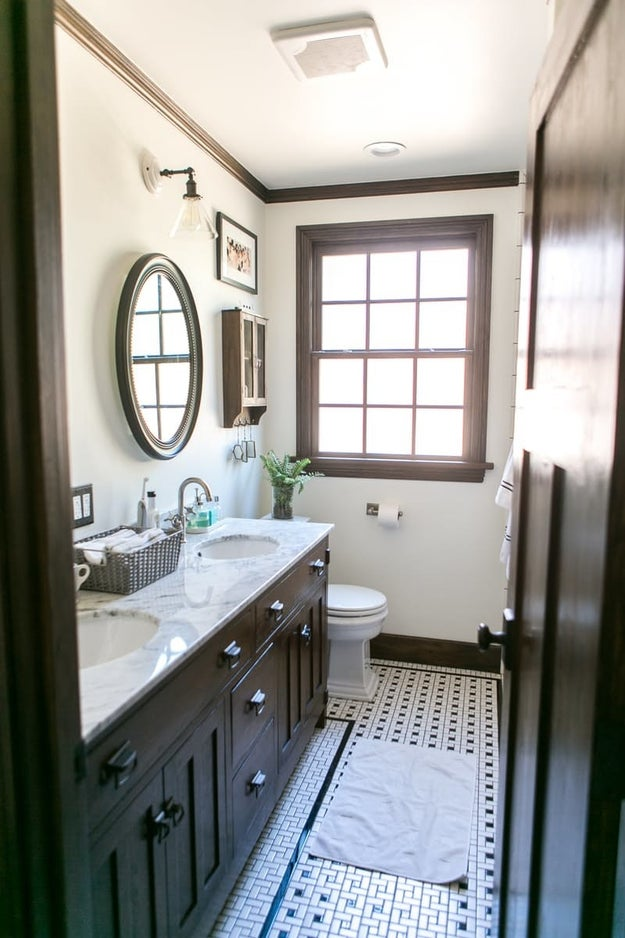 ...that morphed into a classy AF bathroom.