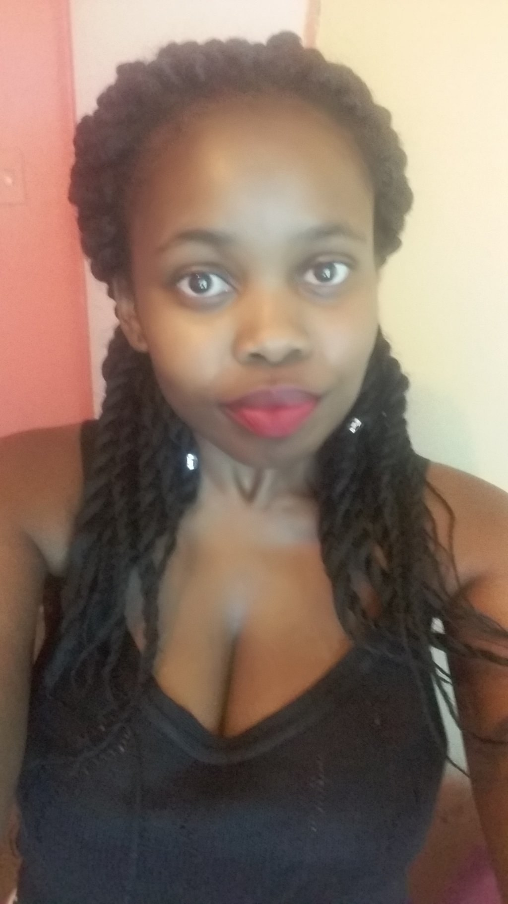 This Young Woman Revealed She Had HIV On Twitter And People Were So Supportive