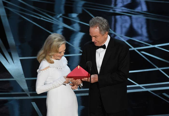 Faye Dunaway and Warren Beatty presenting Best Picture during the 89th Annual Academy Awards.