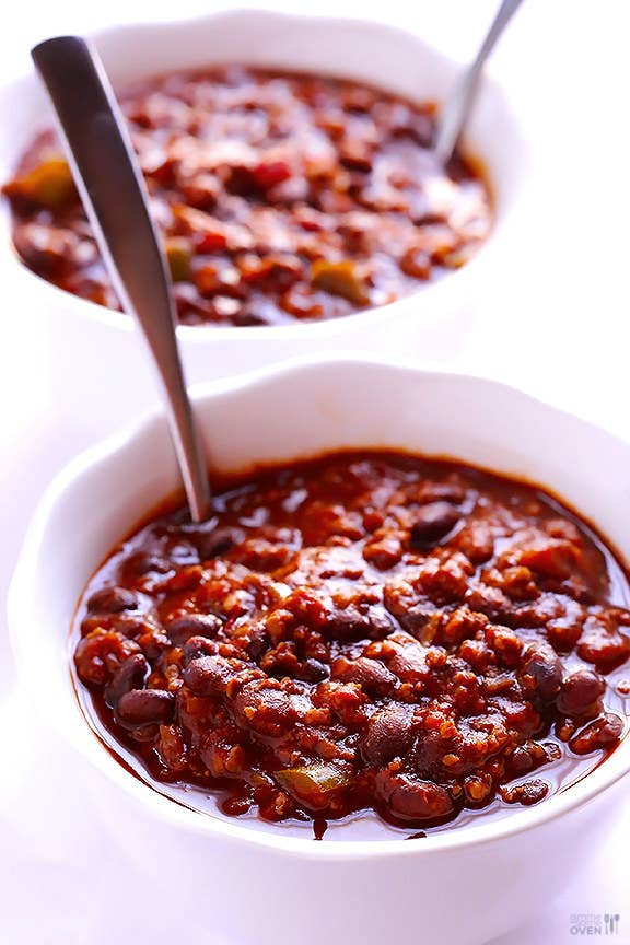 Only 5 ingredients, 25 minutes, and not a whole lot of effort needed to make a tasty chili. Get the recipe here.