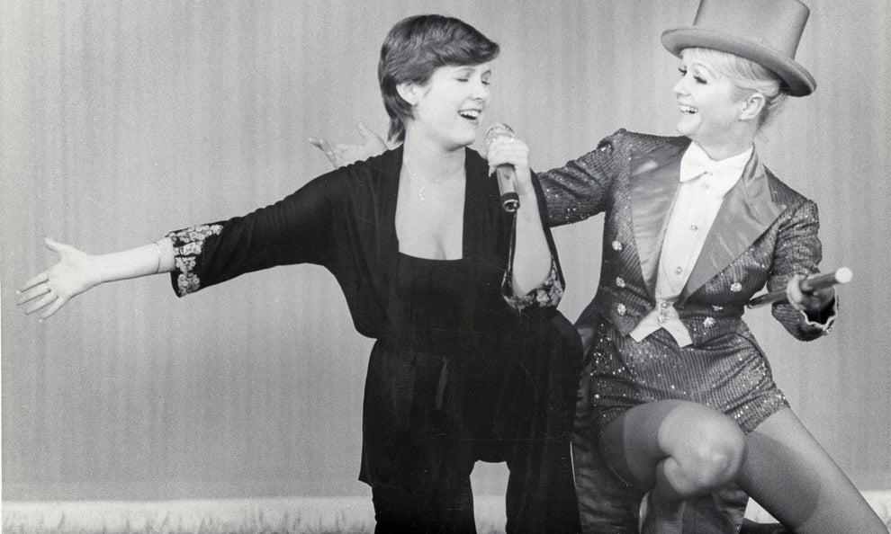 1. Carrie Fisher gives a tour of her house in Bright Lights: Starring Carrie Fisher and Debbie Reynolds.