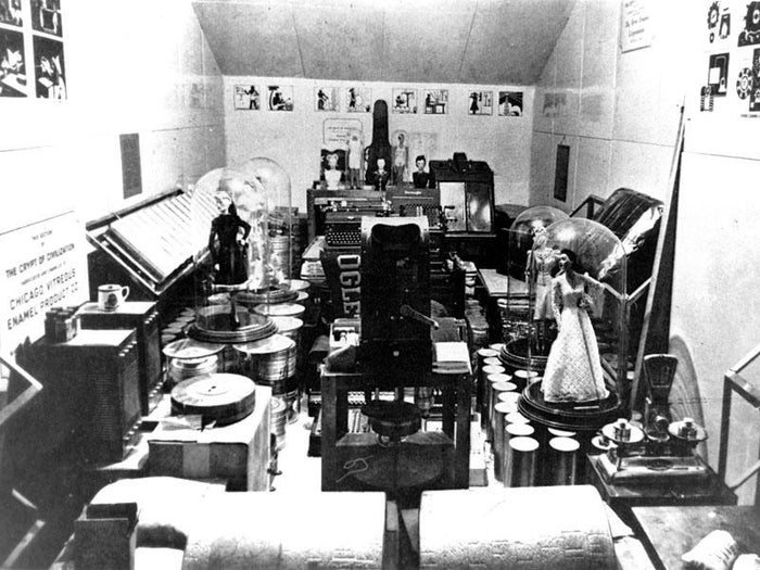 """This underground, airtight, 2,000-cubic-foot chamber was built between 1937 and 1940 at a university in Brookhaven, Georgia, and is packed with artifacts that the crypt's creator, Thornwell Jacobs, believed to tell a """"running history"""" of civilisation for any future inhabitants of the planet. It contains (among other things) seed samples, a toaster, Budweiser beer, and a cash register. Um, OK."""