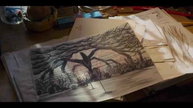 Pero la cosa se pone muy extraña cuando vemos un dibujo de Will que muestra un monstruo mucho más grande que el Demogorgon.