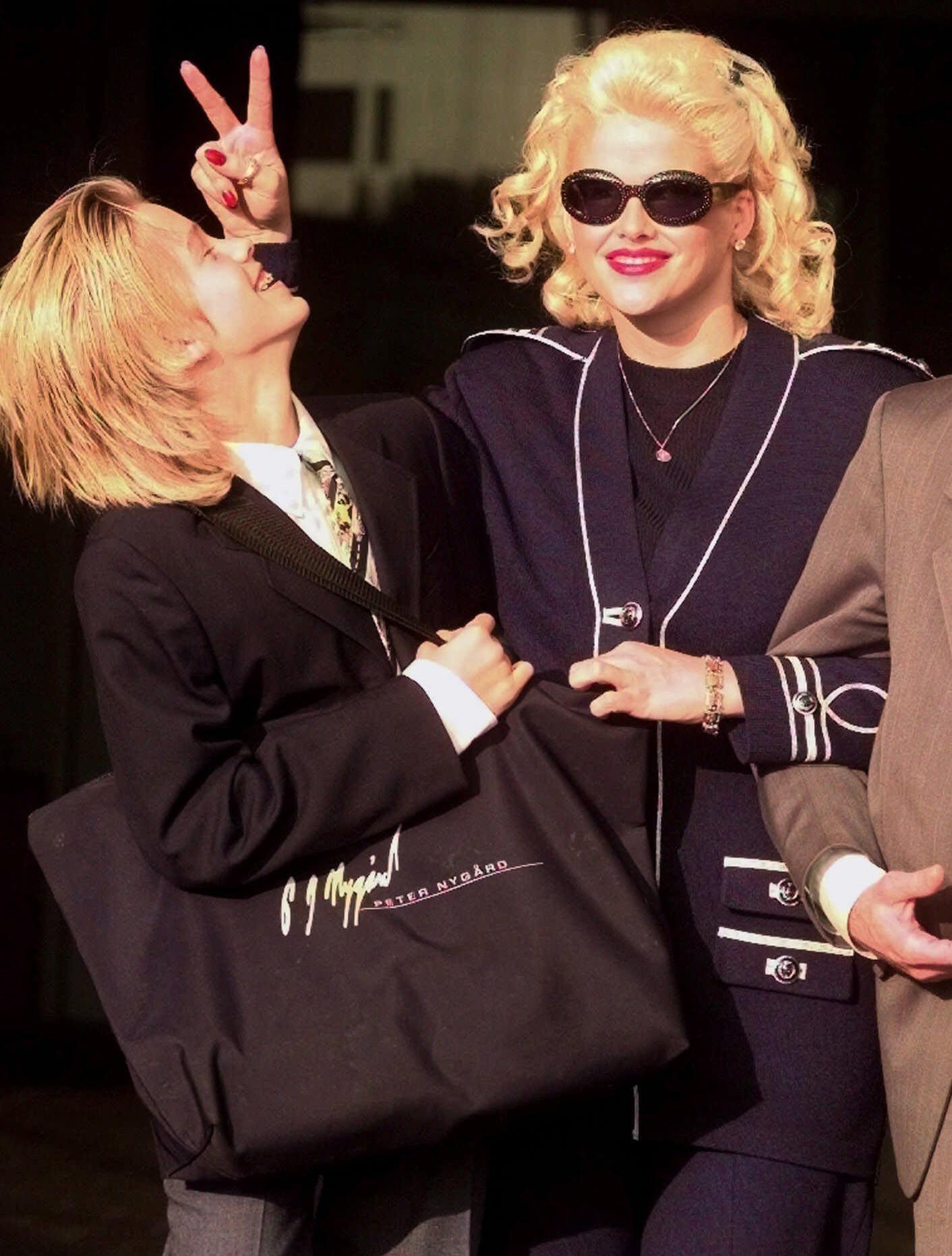 How Anna Nicole Smith Became Americas Punchline-6783