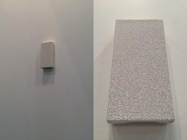 Vi esta obra, que parecía una bocina pero en realidad era un cuadro de puntitos.