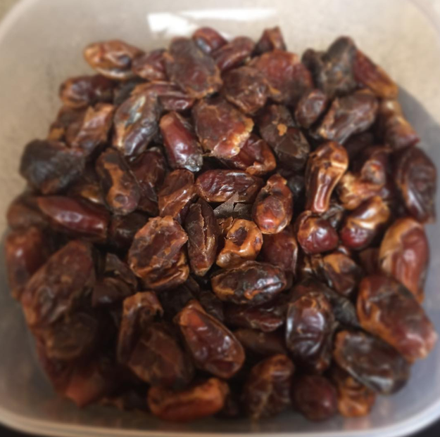 Eat six dates a day to help induce natural labor.
