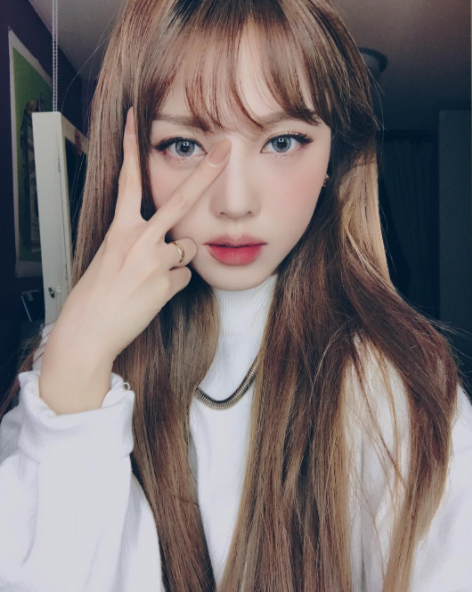 This is Hye-Min Park, better known as Pony Makeup. She's one of South Korea's most influential beauty bloggers with over 2 million subscribers on Youtube and 3.3 million followers on Instagram.