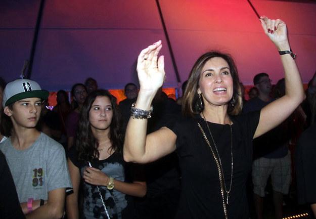 Você adora ser a alma da festa, mas sempre que pode evita grandes aglomerações.
