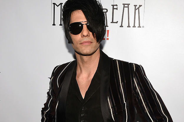 Magician Criss Angel Was Rushed To The Hospital After A Straitjacket Trick Went Wrong
