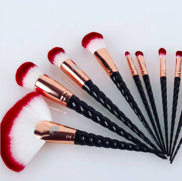 cute makeup brushes. snag the 10-piece set from unicorn lashes uk for about $61.17. (comes cute makeup brushes m