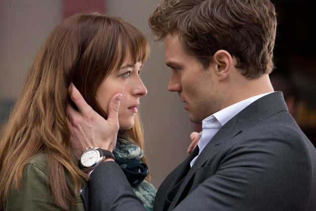 El momento en que descubrieron que pedirle permiso a tu novio es súper romántico.