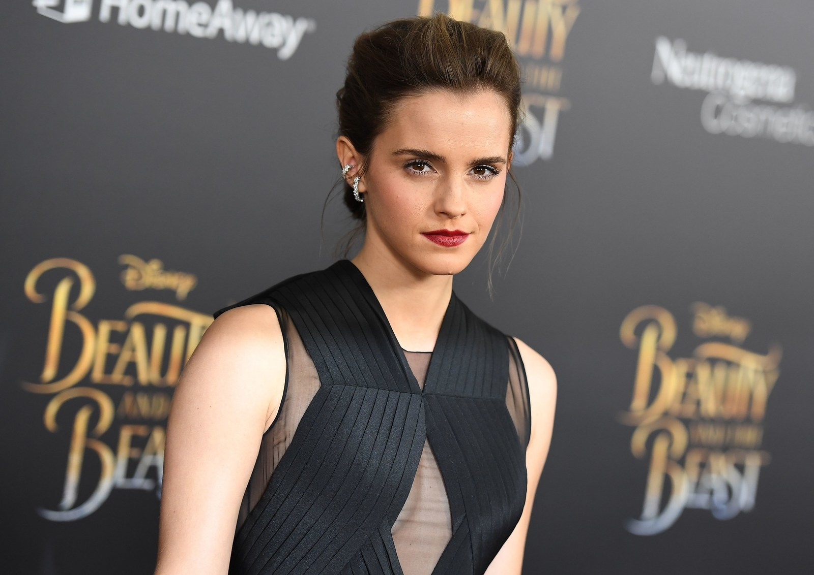 Private Photos Of Emma Watson, Other Female Celebs Allegedly Hacked And Posted Online