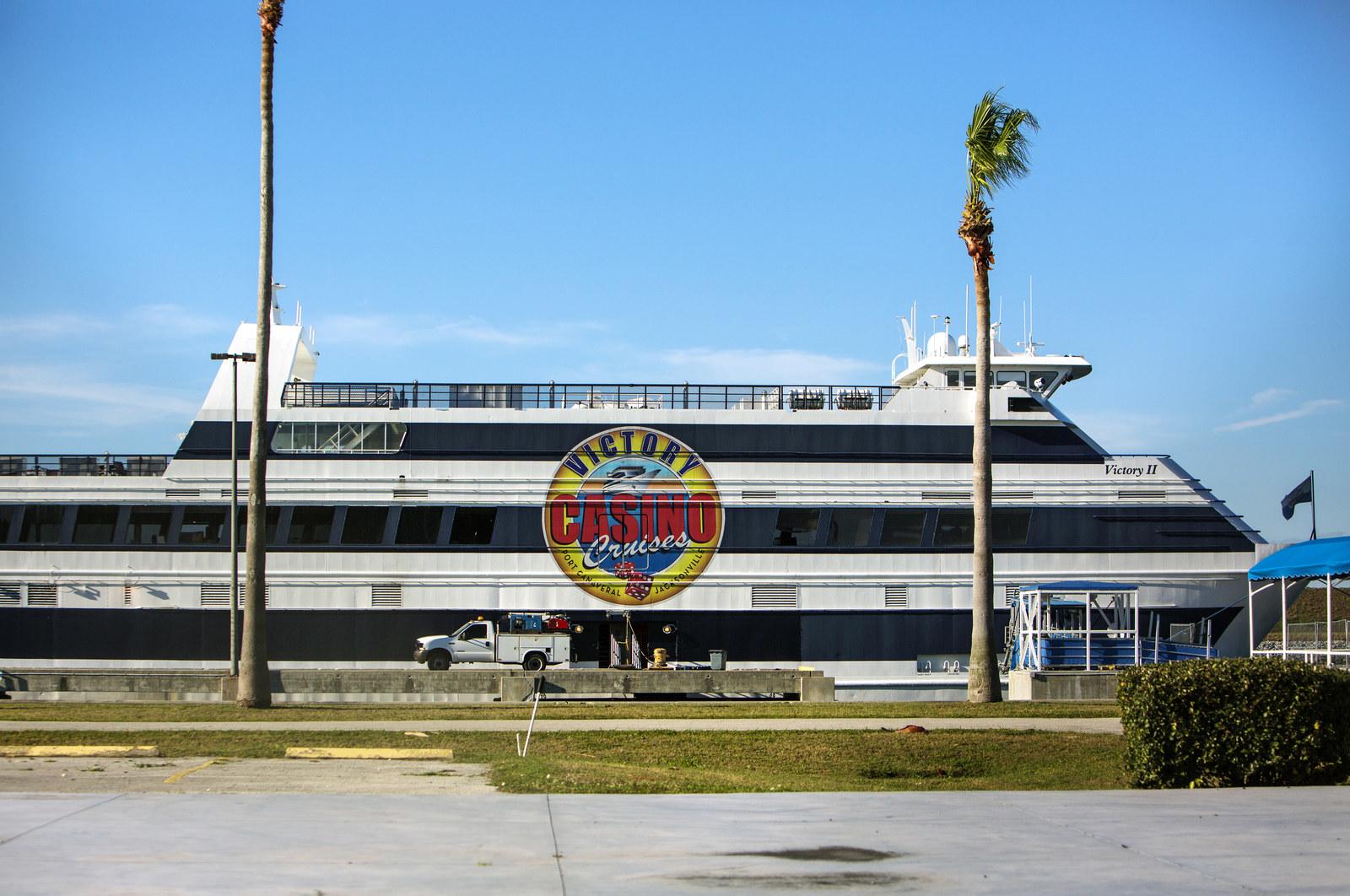 Offshore gambling florida ed wynn casino las vegas