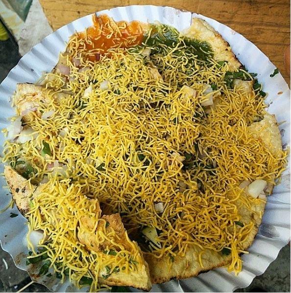 Masala khichiya at Zaveri Bazaar.