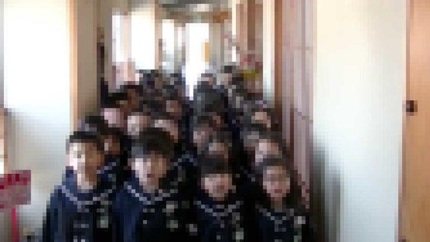 大阪・豊中市の土地取引での疑惑に揺れる森友学園。運営する塚本幼稚園が園児たちに教育勅語を暗唱させるなどの教育方針に注目が集まりました。