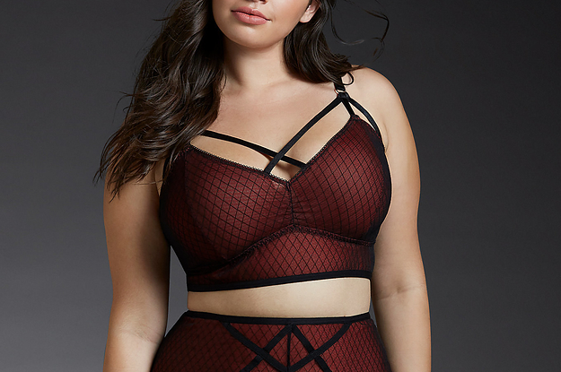 c4cfc36d103 34 Matching Lingerie Sets That Will Take Your Breath Away