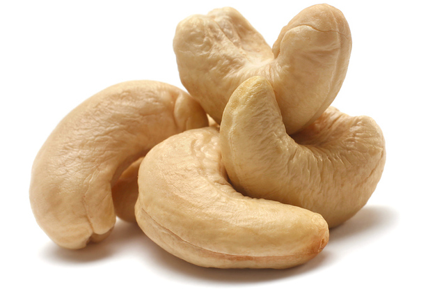 The Way Cashews Grow Is Mildly Shocking If You've Never Seen It Before