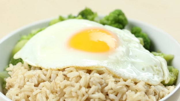 Lunch: Fried Egg And Broccoli Rice Bowl
