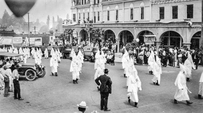 Ku Klux Klan parade on East Main Street, Ashland, Oregon in the 1920s.