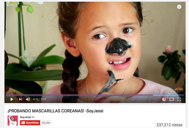 Y esta pequeña niña ya descifró que ser YouTuber es una fructífera profesión.