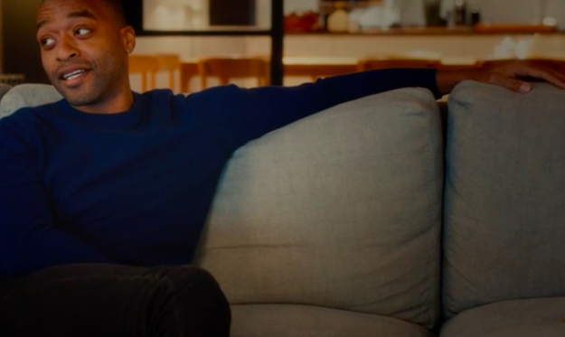 And Peter (Chiwetel Ejiofor) is on the sofa and shouts at Mark, which suggests that he knew Mark stood on his front door in the original film.