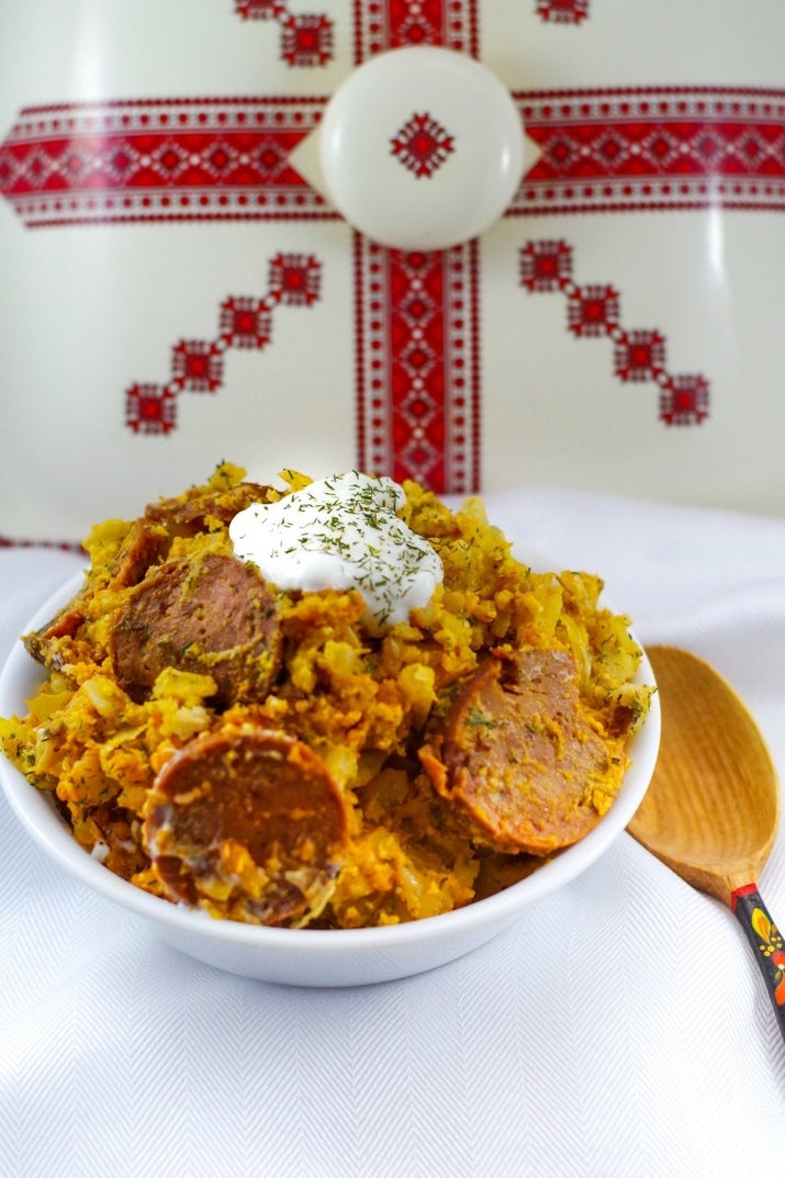 A giant Ukrainian meal cooked in your slow cooker- prepped in 20 minute: Recipe Here