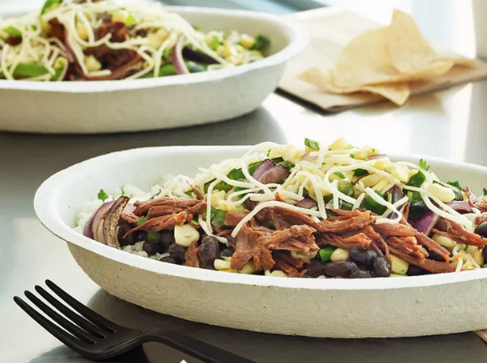 For example, a steak burrito bowl with black beans, fajita veggies, fresh tomato salsa, cheese, and lettuce at Chipotle, a BK Veggie Burger at Burger King, and a Protein Bistro Box from Starbucks, are all quick, healthier lunch options.Get a bunch of ideas for healthy things to order at places like Chipotle, McDonald's, Pret a Manger, Subway, Taco Bell, and more here.
