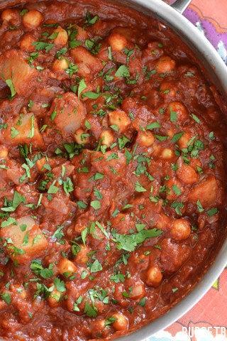 One-Pot Chickpea & Potato Masala