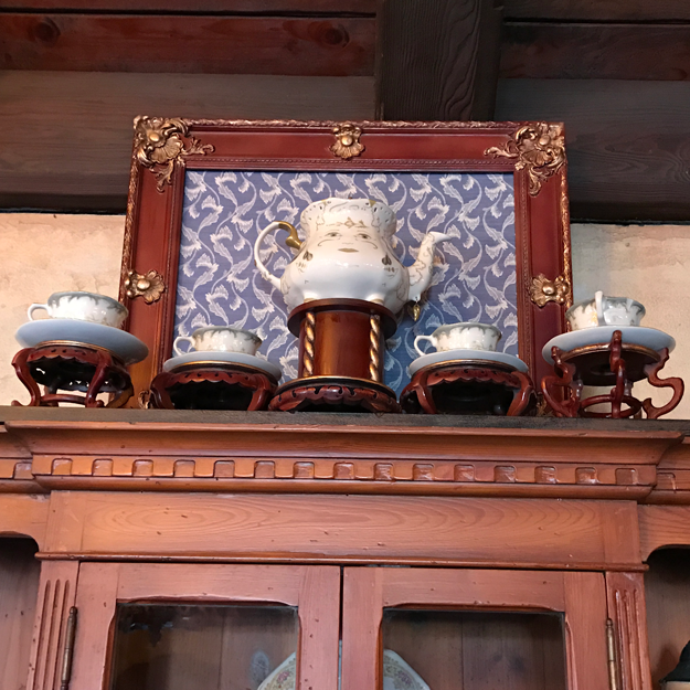 And if you look hard enough you can also find adorable details from the live-action film, like Mrs. Potts...